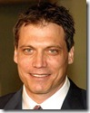Holt_McCallany_headshot_02