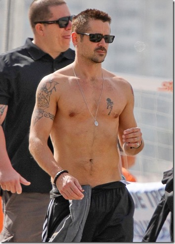 Colin_Farrell_shirtless_27