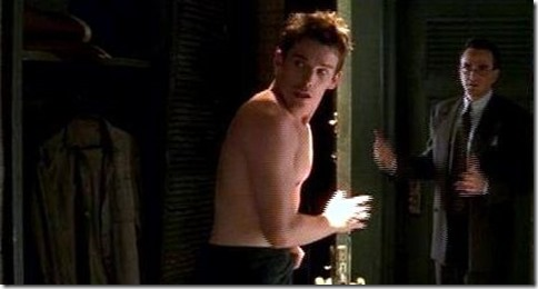 Ethan_Hawke_shirtless_12