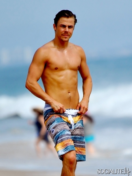 derek-hough-shirtless-